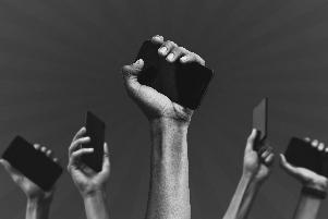 Novos Cursos_Comunicação, política e ideologia-1